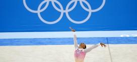 Rebeca Andrade fecha participação histórica na Olimpíada com um quinto lugar na final do solo